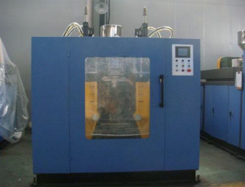 Double station blow molding machine 12L