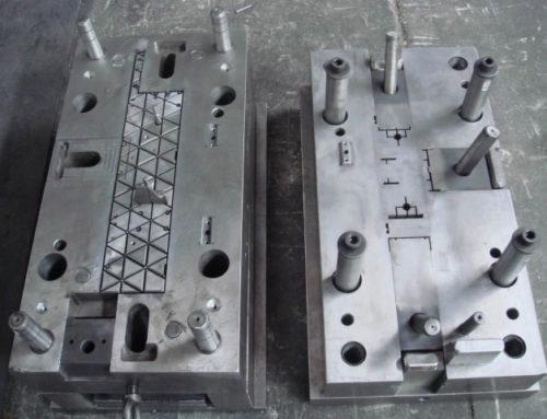 Plastic shelf mold